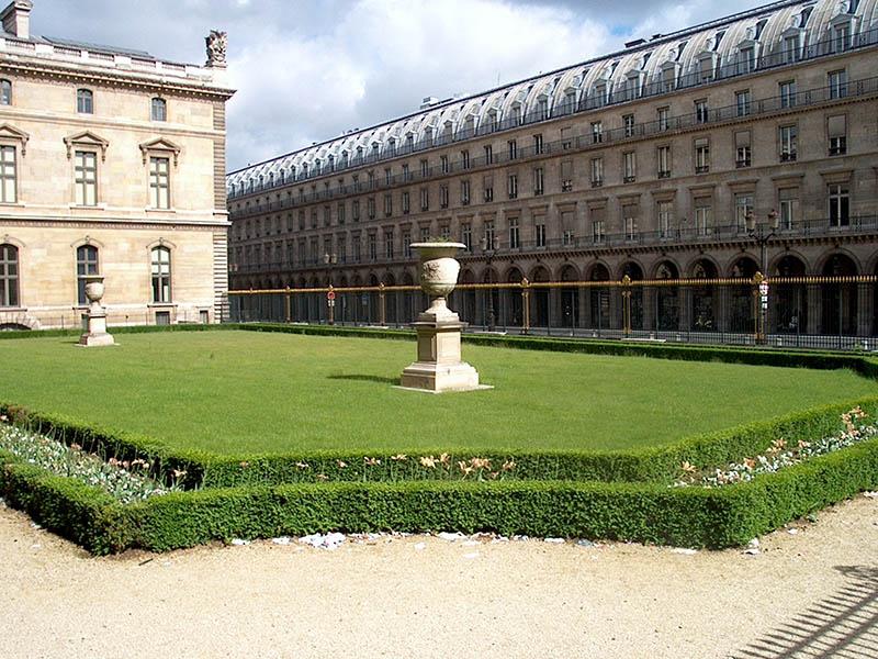 entretien-jardins-louvre-tuileries-5